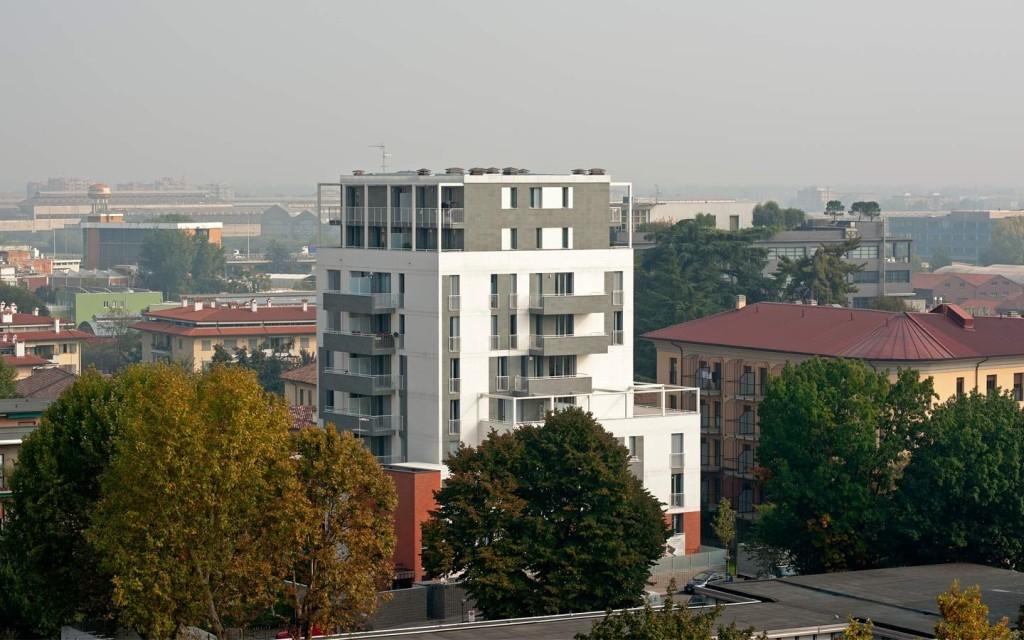 Complesso residenziale Via Dardanoni, Milano